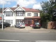 1 bedroom Flat to rent in The Drive,  Ilford, IG1