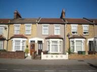 Kenneth Road Terraced property to rent