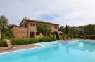 4 bedroom Country House in Loro Piceno, Macerata...