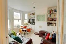 3 bed Terraced house in Holmesdale Road, London...