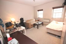 Studio flat in Wandsworth Road, London...