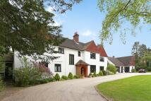6 bedroom Detached property for sale in Forest Ridge Keston BR2