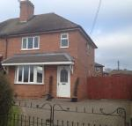 3 bed semi detached house in 64 Broomfield Road