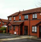 2 bed Terraced house to rent in Shepherds Court