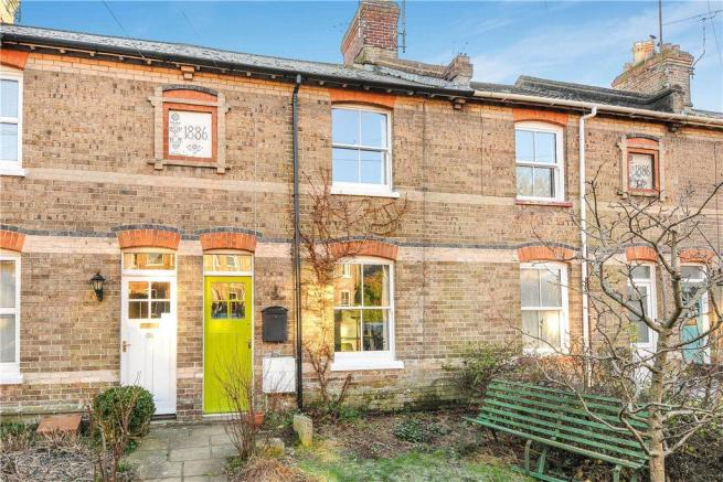 3 bedroom terraced house for sale in south walks road