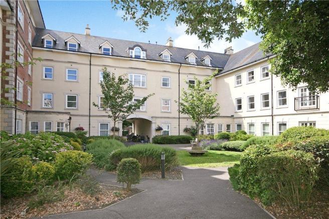 2 Bedroom Apartment For Sale In Hascombe Court Somerleigh Road Dorchester Dt1 1ag Dt1
