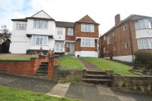 3 bedroom semi detached home in Slades Rise, Enfield, EN2