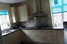 4 bed property to rent in Blake Road, Croydon