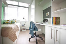 Apartment to rent in College Green, Clifton...
