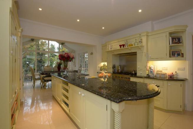 Bespoke Stoneham kitchen