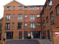 Flat to rent in Saxton Court, Gillingham,