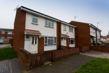 3 bedroom End of Terrace house to rent in Vulcan Close, Birkenhead...