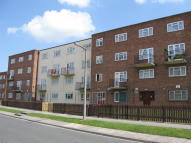 Apartment to rent in Clifton Avenue...
