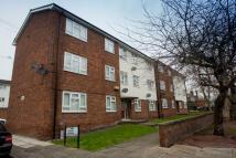 Duplex to rent in Devon Gardens...