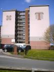 3 bedroom Ground Flat to rent in Thorold House...
