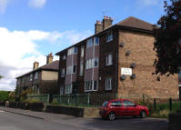 Ground Flat to rent in Alma Street, Windhill...