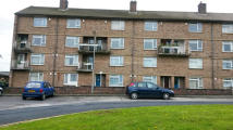 2 bed Maisonette in Central Avenue, Saltaire...