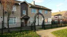 2 bed Ground Flat in Barthorpe House...