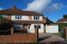 4 bedroom semi detached house in Waltham Grove...