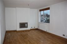 3 bedroom Flat in Quinton Parade...