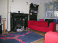 6 bedroom Terraced house in Warwick Street, Heaton...
