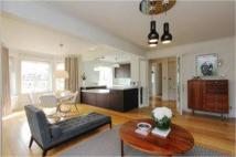 3 bed Apartment in Stanhope Terrace...