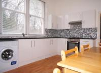 Flat to rent in Cavendish Road, Kilburn...