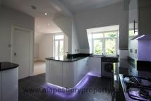 2 bedroom Flat in Park Avenue...