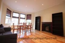 2 bed Flat to rent in Teignmouth Rd...