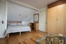 Studio apartment in Beartie Road, Willesden...