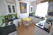 House Share in SPACIOUS DOUBLE ROOM TO...