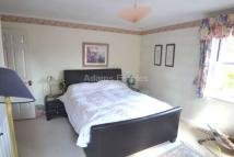 DOUBLE BEDROOM IN FAMILY HOME TO RENT - Whitefields House Share