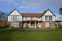 2 bedroom Ground Flat in Cranmer Cliff Gardens...