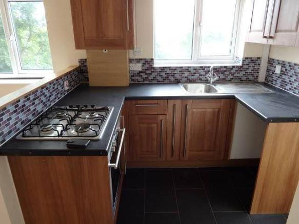 FITTED KITCHEN/ DINE