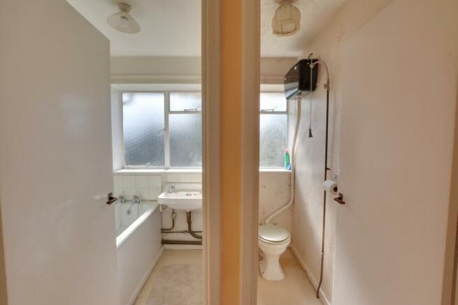 Bathroom & W/C