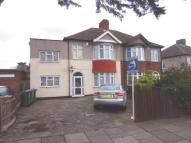 5 bed semi detached property to rent in Lavidge Road, Mottingham
