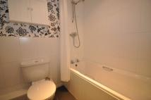 2 bed Apartment in Walnut Close, Basildon