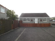 2 bed Detached Bungalow in QUARRY ROAD, Fauldhouse...