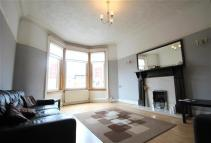 2 bed Flat in Golfhill Drive...