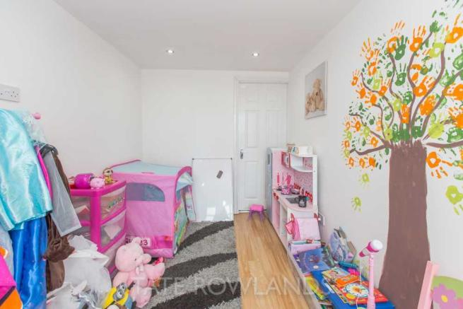 Play Room/Bedroom