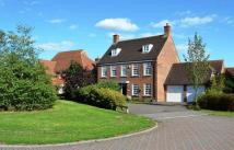 6 bed Detached house in Barrow Close...
