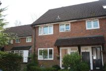 3 bed End of Terrace property in Windrush Close, Bramley...