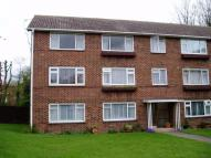 Flat to rent in Beaconsfield Road...