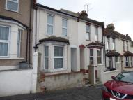 4 bed semi detached house in Cecil Road, Rochester...