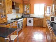 1 bed semi detached property to rent in Victoria Road, Chatham...