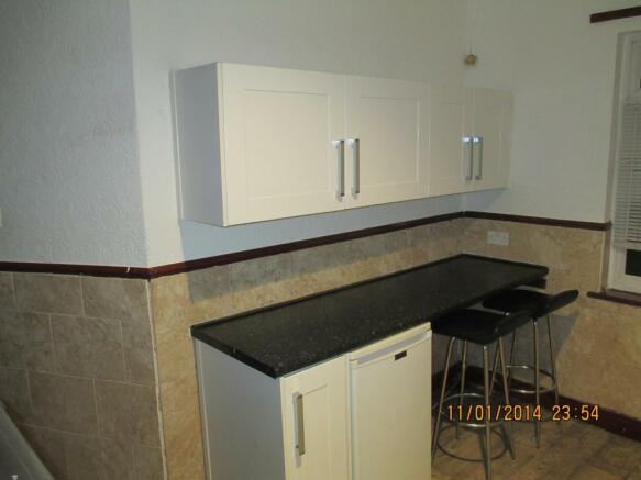 151 kitchen upper.JPG