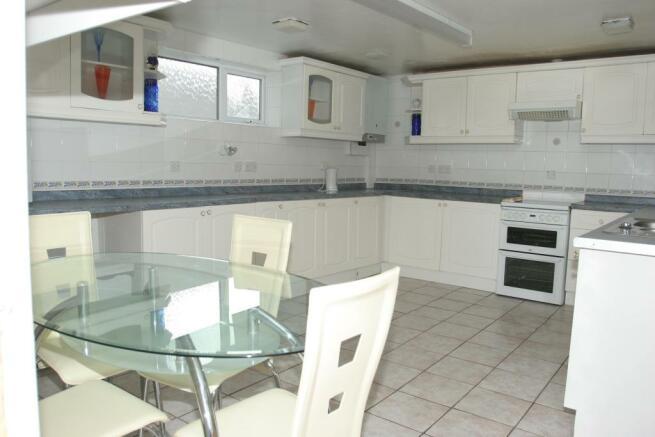 kitchen 151 ground.JPG