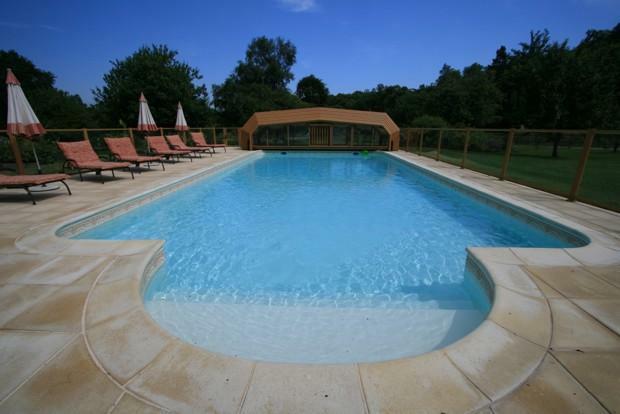 Heated 12x6m Pool