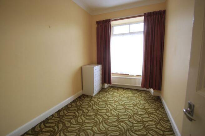 flat bedroom 3