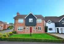 4 bed Detached property to rent in The Fountains, Loughton...